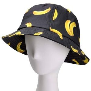 Woman's  black banana 🍌 pattern bucket hat *NWT-*